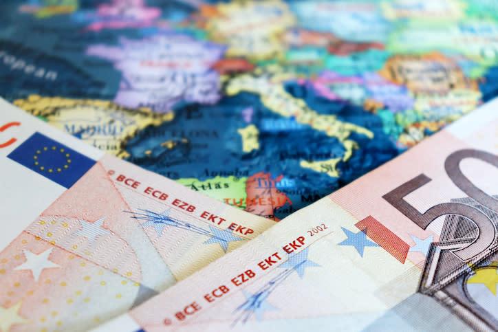 La deflazione minaccia l'Eurozona: