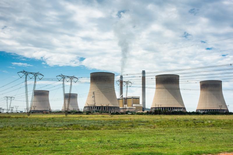 Sudáfrica no duplicará límite de emisión de dióxido de azufre