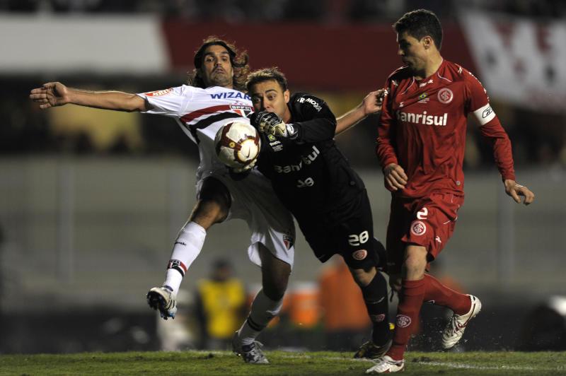 Nome histórico do Inter, Fernandão jogou pelo São Paulo a semi da Liberta de 2010 (Getty Images)