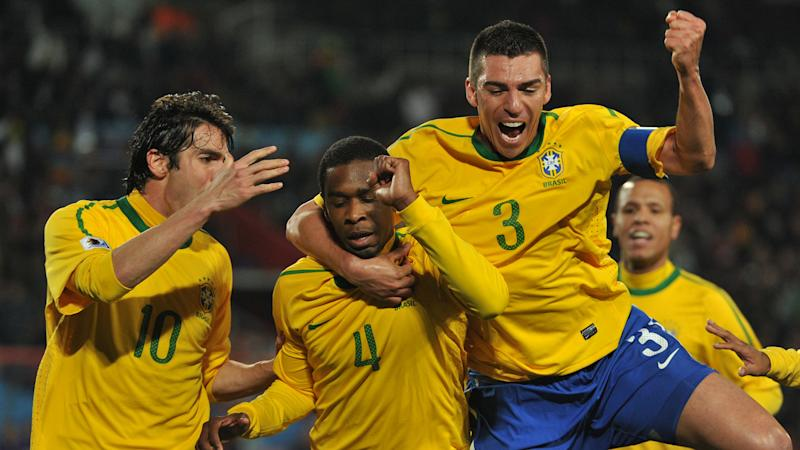 Kaka Juan Lucio Brasil Copa do Mundo 2010