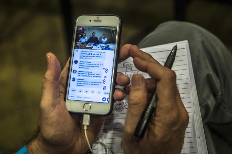 WhatsApp elimina más de 100.000 cuentas en Brasil por elecciones
