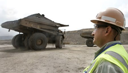 Caída del sector minero en junio provoca baja en precios al productor en Colombia