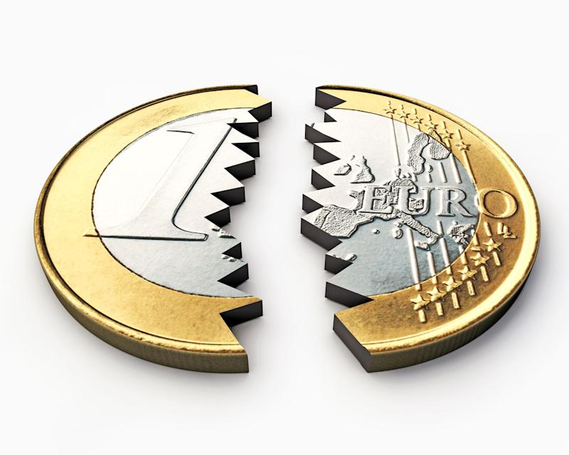 Gli hedge funds hanno diminuito le posizioni short sull'EURUSD