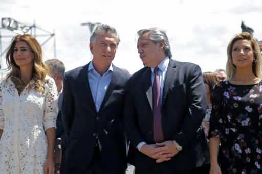 Iglesia católica llamó a unir Argentina en misa con Macri y Fernández