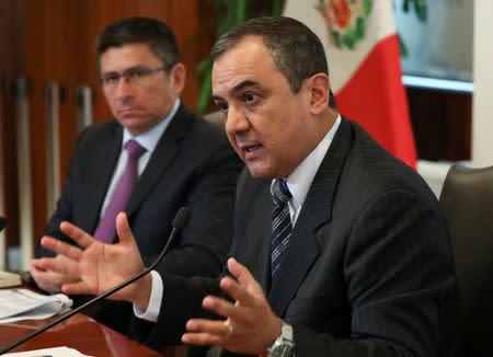 Perú reducirá meta déficit fiscal de este año a un 2,2-2,3 pct/PIB por más ingresos tributarios