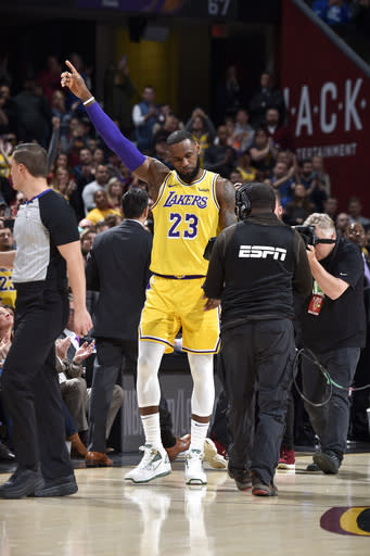 Lakers Vs Cleveland 2018 >> La Lakers 109 105 Cleveland Final 2018 11 21 National