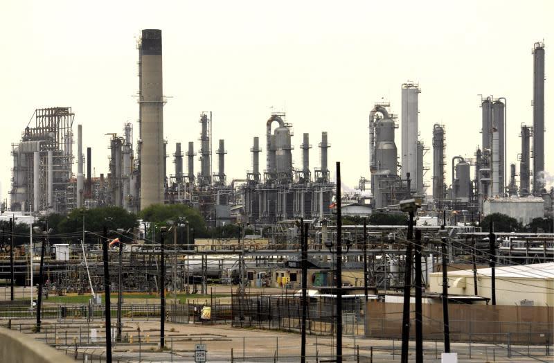 El petróleo Brent sube un 0,99 %, hasta 66,12 dólares