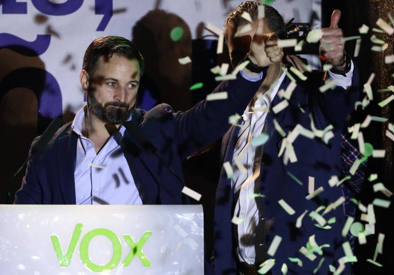 Partido extrema derecha Vox irrumpe en el parlamento español