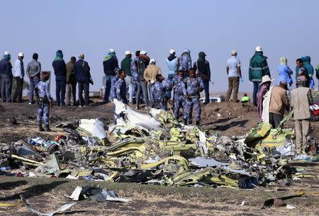 Avión de Ethiopian Airlines viajaba a alta velocidad, intentó elevarse antes de estrellarse
