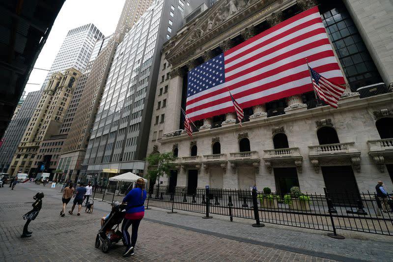 Borsa Usa, S&P 500, Dow verso serie negativa settimanale più lunga in un anno
