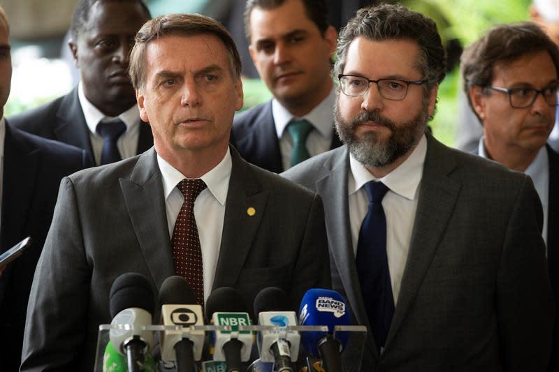 Los gobernadores aceptan apoyar a Bolsonaro en un pacto contra la crisis y la violencia