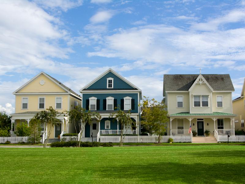 charming neighborhood with vintage styled cottages in small American town
