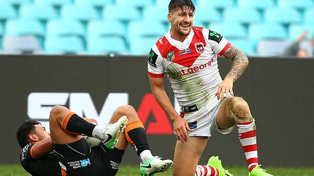 Dragons beat Tigers in NRL, Frizell hurt