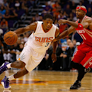 Brandon Knight tears ACL, likely out for season (Yahoo Sports)