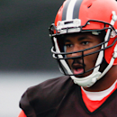 Browns lose top draft pick to injury, curse lives on. (AP)