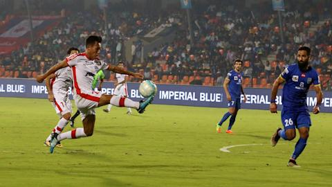 Chhetri hat-trick takes Bengaluru to ISL final