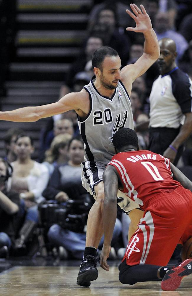Rockets hand Spurs 1st home loss, 112-106
