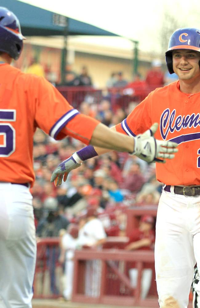 NCAA reports big jump in home runs with new flat-seam ball