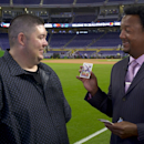 Pedro opens up 25-year-old baseball cards (Yahoo Sports)