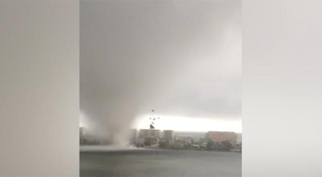 Waterspout travels through Florida panhandle