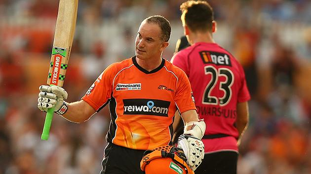 Big Bash League: Perth Scorchers beat Sydney Sixers to win crown