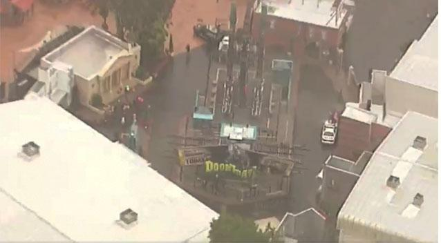 Passengers On Movie World's 'Doomsday Destroyer' Left Hanging Upside Down