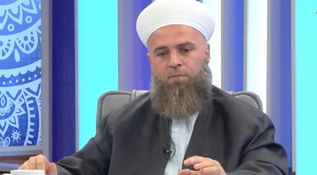 Islamic Preacher: Men Without Beards Can Cause 'Indecent Thoughts'