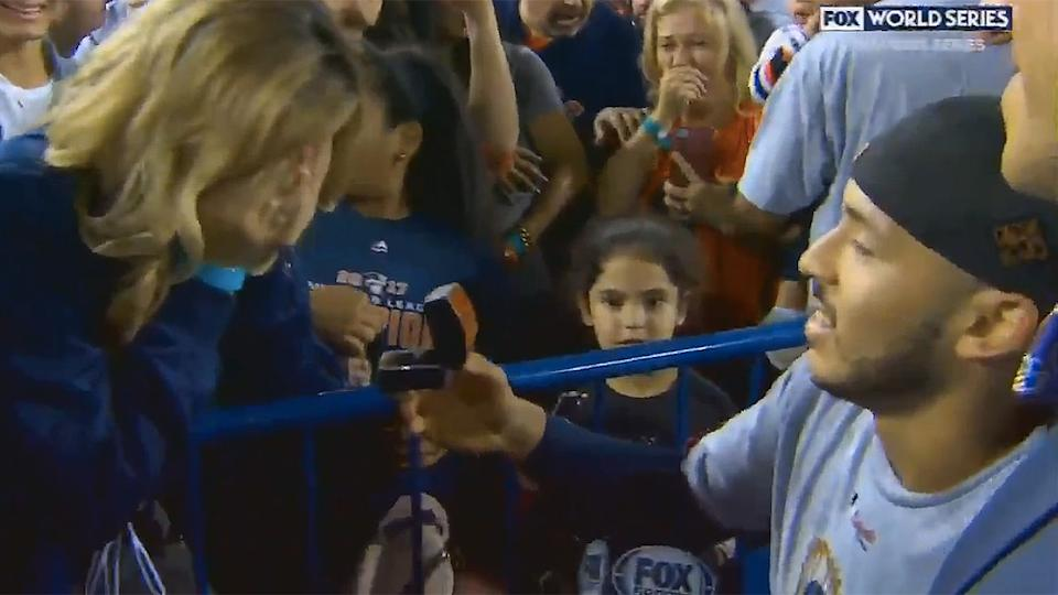 Astros' Carlos Correa follows up World Series win with proposal