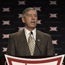 Big 12 commissioner Bob Bowlsby speaks at the opening of the NCAA college Big 12 Conference football media days in Dallas, Monday, July 21, 2014. (AP Photo/LM Otero)