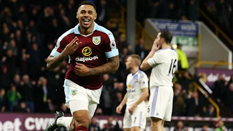 Andre Gray Burnley Sunderland