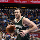 Sources: Bucks trade Miles Plumlee to Charlotte for Roy Hibbert, Spencer Hawes
