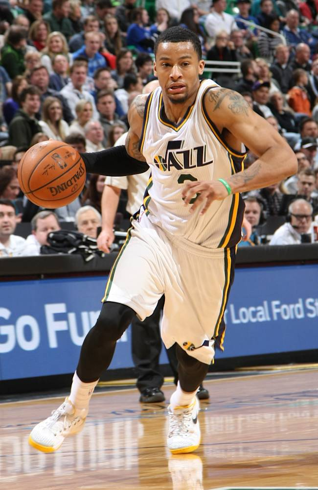 Burke scores 23, Jazz hold on for 82-75 win over Bucks