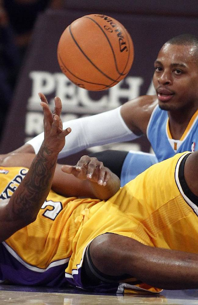 Nuggets beat Lakers 97-88 in Shaw's debut