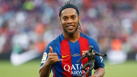 Ronaldinho Barcelona Manchester United legends