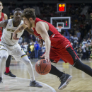 Ball State upsets No. 9 Notre Dame on last-second 3-pointer (Video)