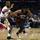 CP3 sends shockwaves through the West (Yahoo Sports)
