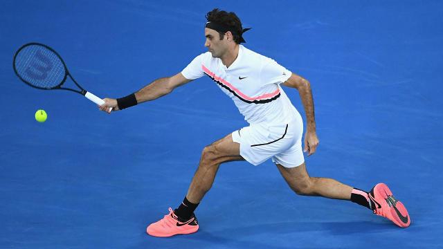 Fabulous Roger Federer eases past Jan-Lennard Struff at Australian Open
