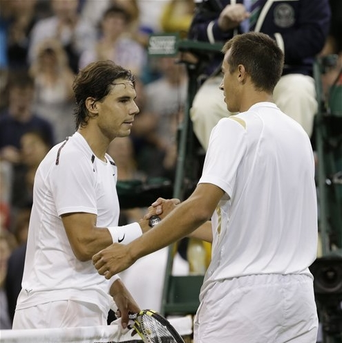 Nadal stunned at Wimbledon by 100th-ranked Rosol