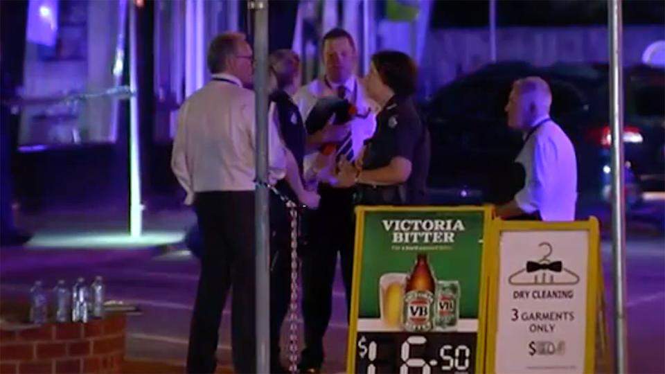Police shoot man dead at Melbourne bottle shop