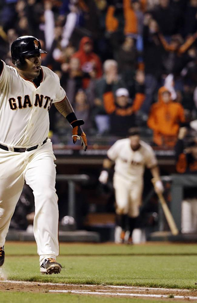 Sanchez lifts Giants over Dodgers 3-2 in 12