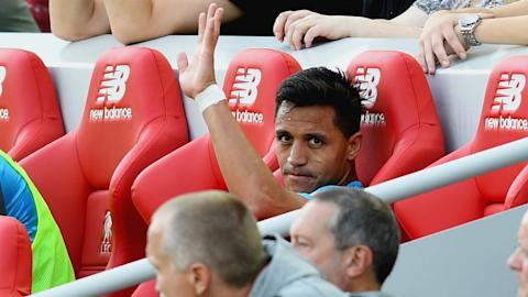 Manchester City lodge second bid for Alexis Sanchez