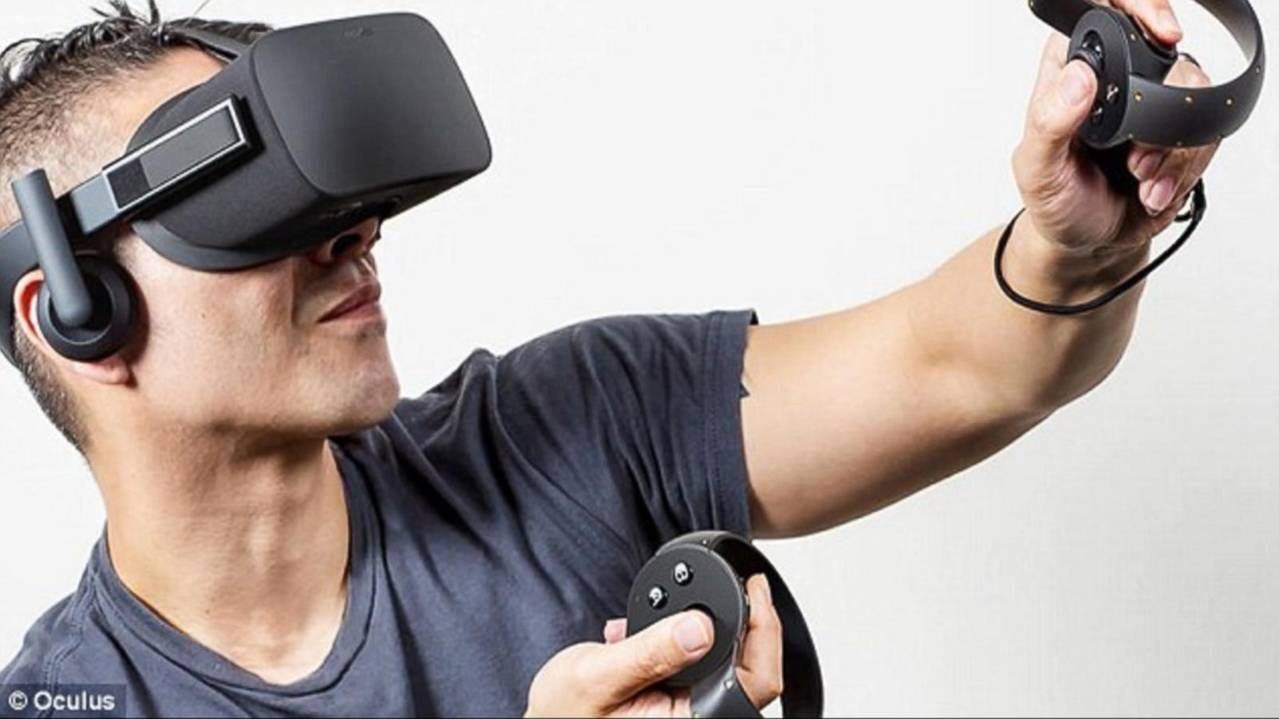 Virtual Reality Gaming Coming to Xbox One