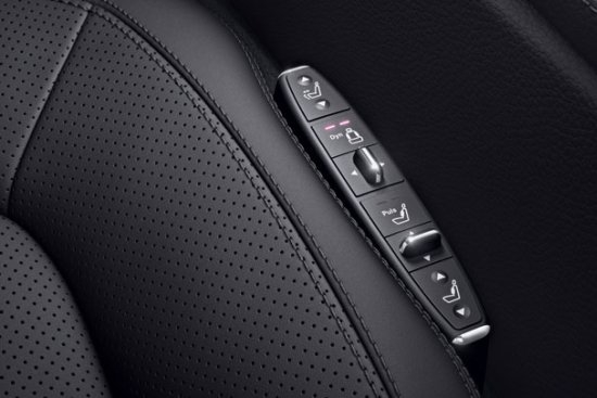 photo 1: Active Multi Contour Seats動態多重充氣支撐調整座椅