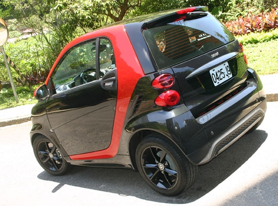 photo 2:   城市小辣椒 Smart Fortwo Turbo Sharp red出擊