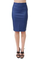 Pencil skirt with sleet in the back