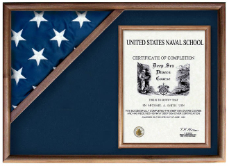 Display Cases For Flags From Military-Vetrans