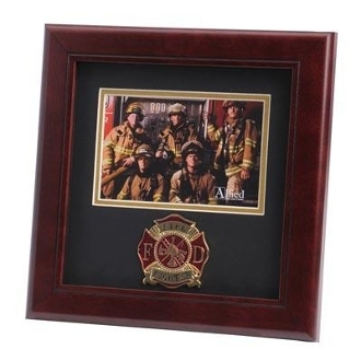 Firefighter Medallion Landscape Picture Frame
