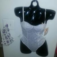 New Fashion Forms Women's Eyelet Body Suit Size Small