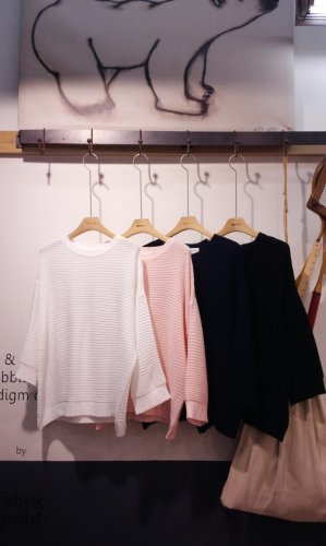 SPRING KNIT-ONE-WHITE