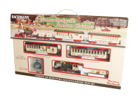 Bachmann 25023 On30 Scale Norman Rockwell's American Christmas Train Set